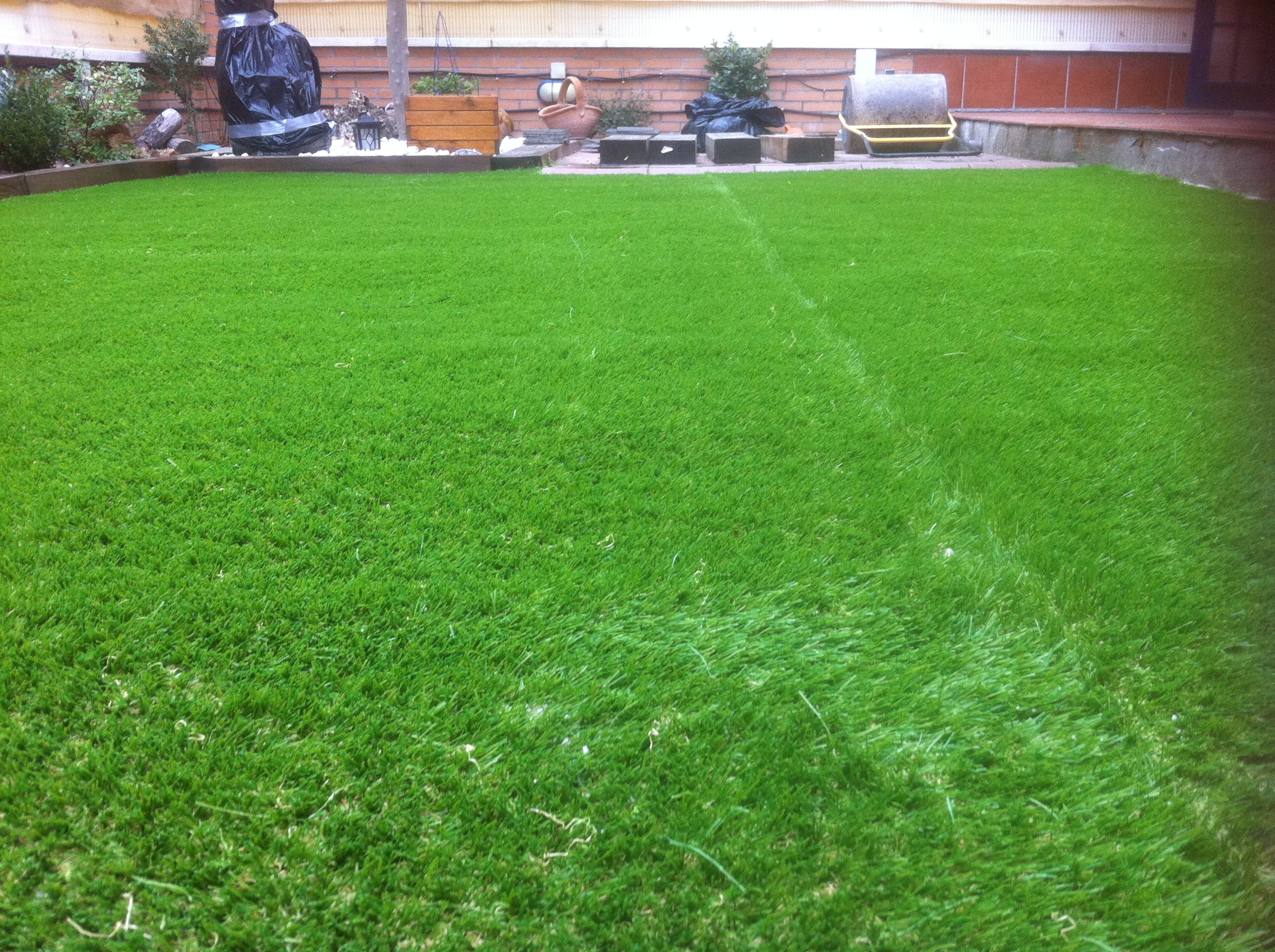 C sped artificial atarea servicio de limpieza y - Cesped artificial jardineria ...